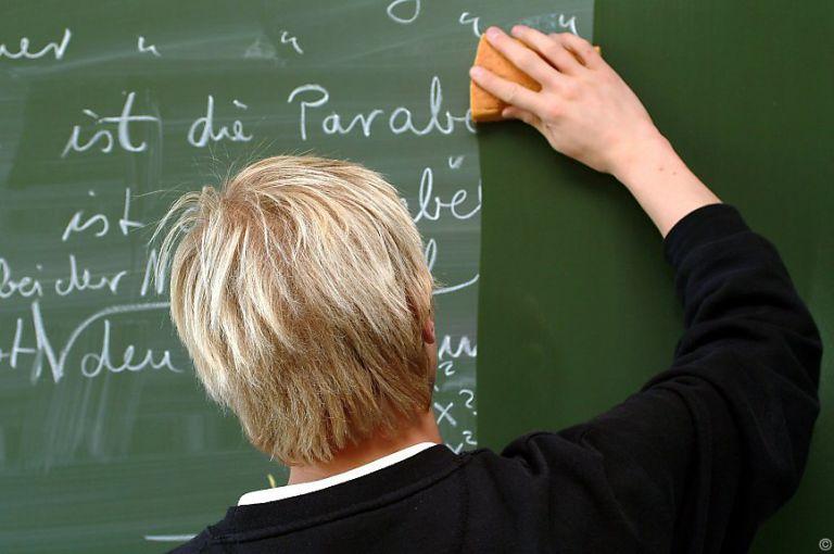 RH: Weniger Lehrerfortbildung, noch immer oft in Unterrichtszeit