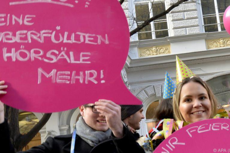 ÖH-Wahl: JUNOS Studierende suchen Kandidaten auch online