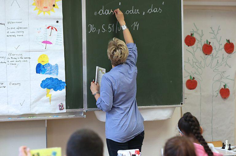 Lehrer leisten mehr als fünf Mio. bezahlte Überstunden pro Jahr