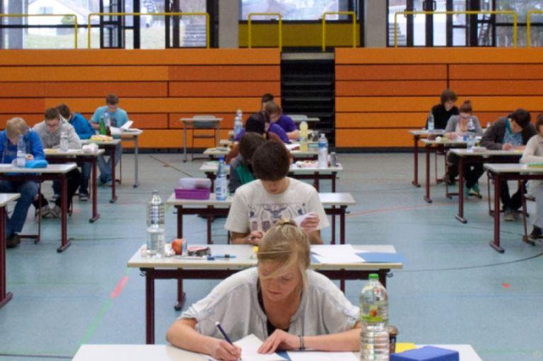 Zentralmatura: Auftakt mit Deutsch offenbar problemlos