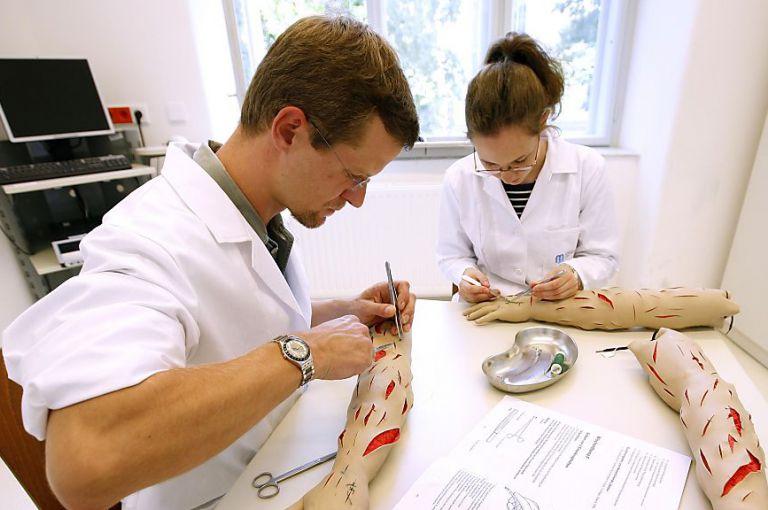 Weiter Quotenregelung für Humanmedizin-Studium - Aus bei Zahnmedizin