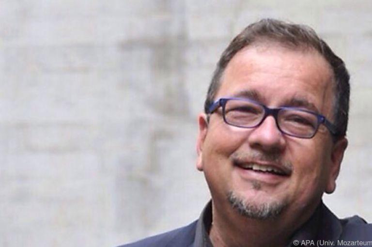Dirigent Reiner Schuhenn wird neuer Rektor der Universität Mozarteum