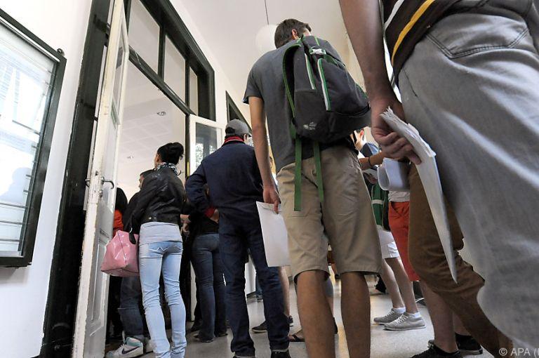 Studiengebühren: ÖH macht Vorschlag für Neuregelung der Befreiung