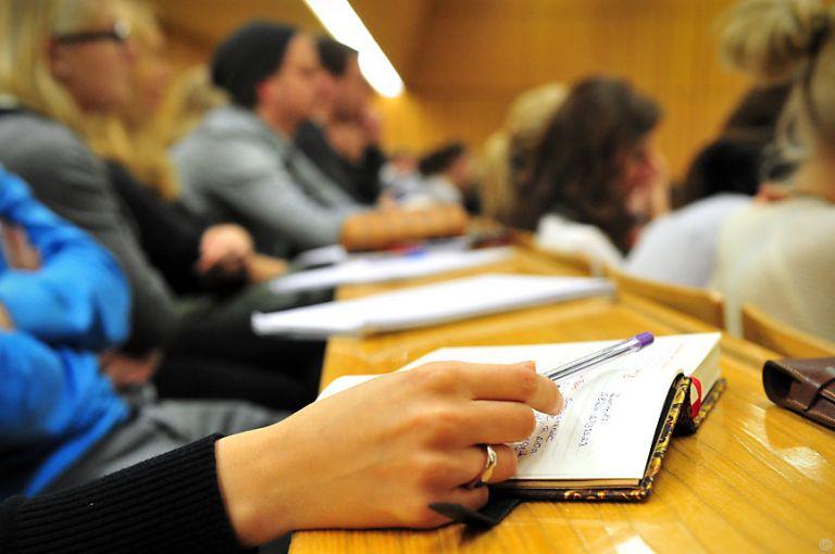 Das bringt 2018 - Berufstätige Langzeitstudenten müssen wieder zahlen