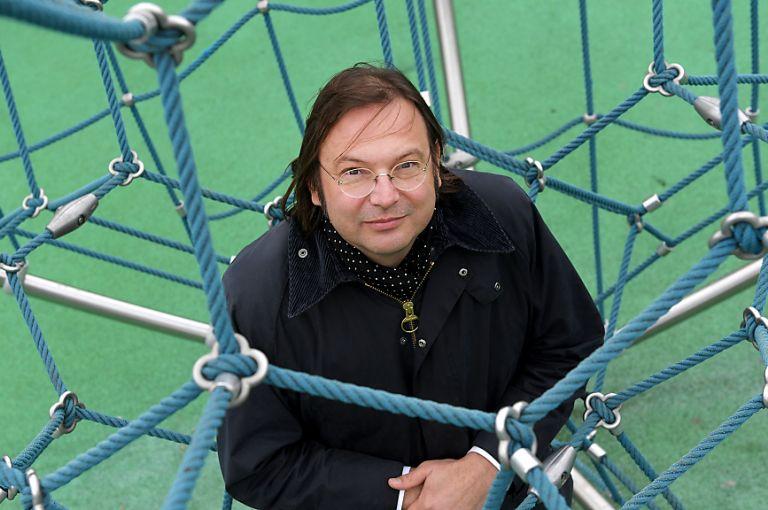 """Komplexitätsforscher Stefan Thurner ist """"Wissenschafter des Jahres"""""""