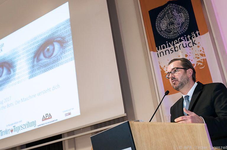 """Bei Innsbrucker Medientag drehte sich alles um """"Roboter"""""""