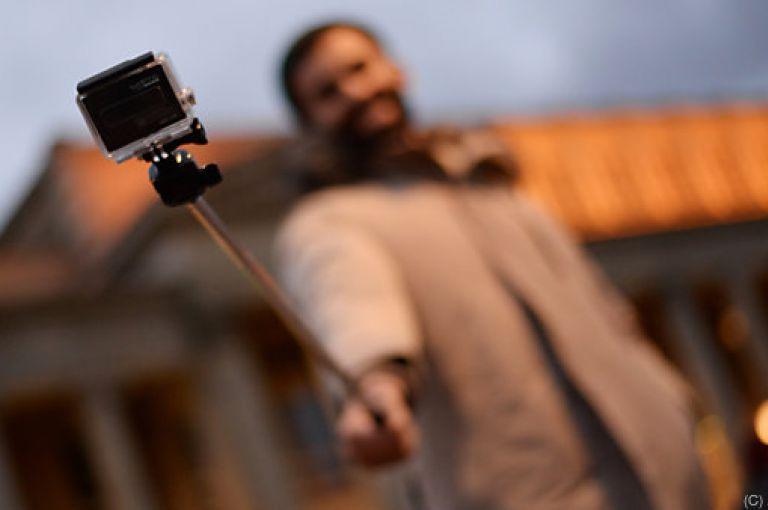 """Drohen uns """"Selfie-Sucht"""" und """"Social Media-Wahn""""?"""