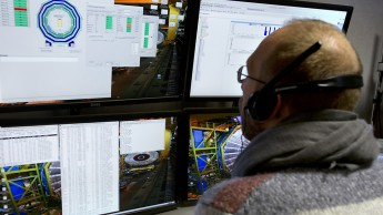 Live-Schaltung ins EU-Labor für Teilchenphysik CERN