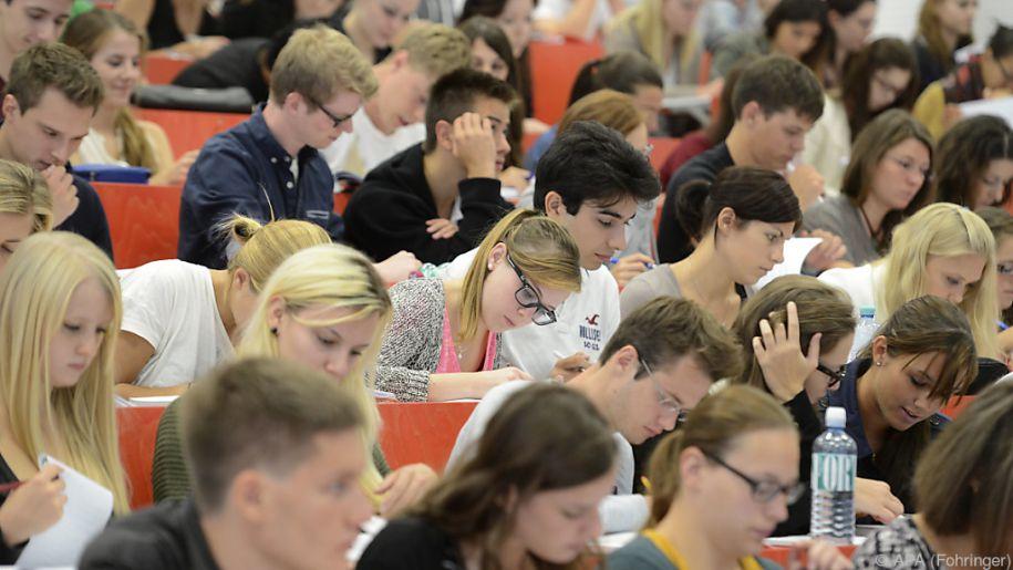 Studenten können künftig auch vom Studium ausgeschlossen werden