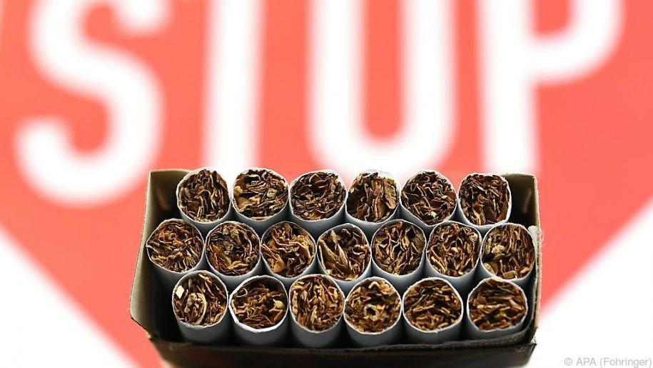 Raucher sollten ihr Laster laut den Experten komplett ablegen